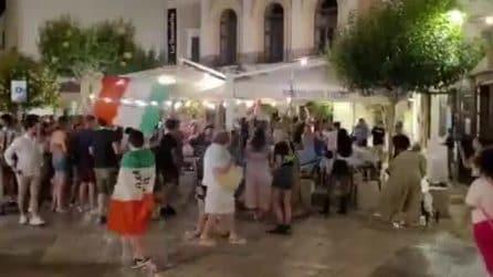 Monopoli, si festeggia la vittoria dell'Italia contro il Belgio