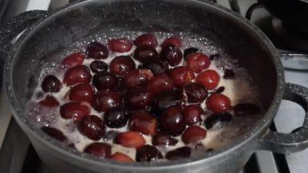 Ciliegie sciroppate fatte in casa: la ricetta semplice e golosa