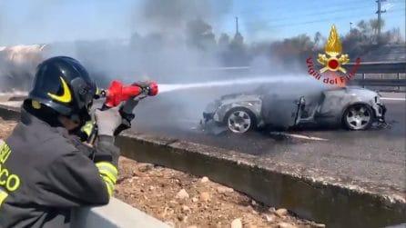 Incidente sulla A1, muoiono due persone: l'intervento dei vigili del fuoco
