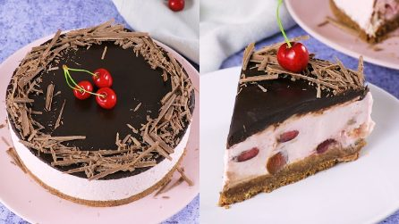 Chocolate cream and cherry cake: the perfect recipe to refresh your afternoons!