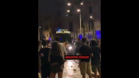 Roma, tensione tra carabinieri e ragazzi a San Lorenzo durante un sabato di movida