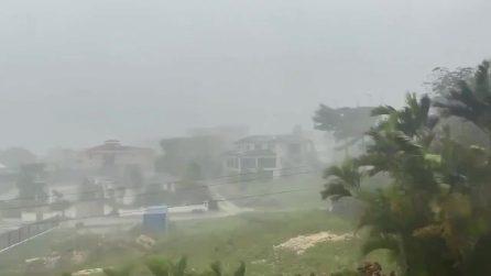 L'uragano Elsa colpisce i Caraibi e si dirige verso la Florida