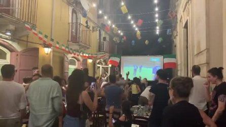 Italia in finale a Euro 2020: inizia la festa in strada