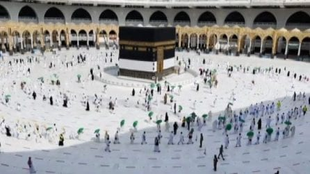 Al via pellegrinaggio a La Mecca ma solo per residenti vaccinati