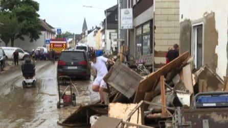 Inondazioni Germania, scenario da guerra nelle città colpite