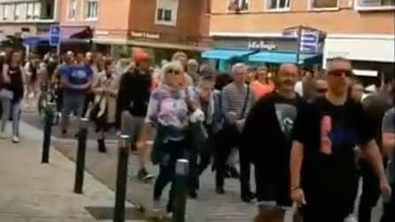 Francia, proteste contro il Green Pass: cortei e scontri in strada