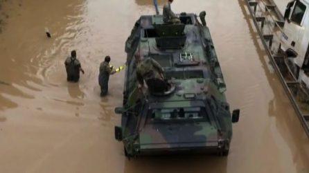 Inondazioni Germania, esercito in azione per liberare autostrada
