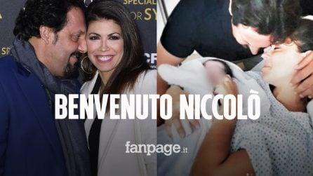Enrico Brignano e Flora Canto genitori per la seconda volta: è nato Niccolò