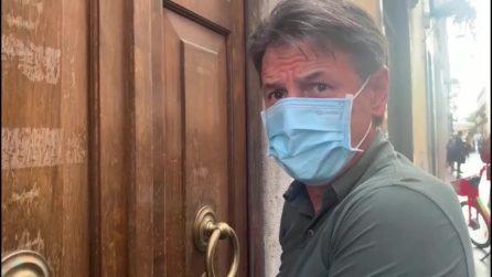 """Conte: """"Sono vaccinato e attendo seconda dose, facciamolo tutti per proteggere gli altri"""""""