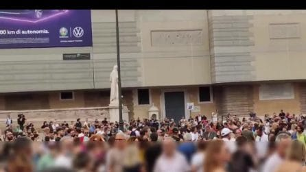 Roma, al corteo No Green Pass l'estrema destra sfila con i No Vax
