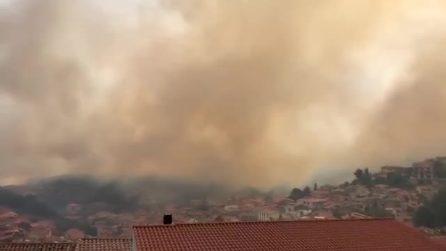 Incendio tra Santu Lussurgiu e Bonarcado: case evacuate