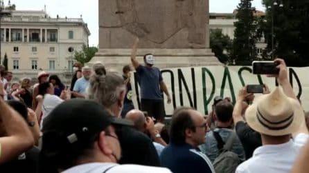 """La manifestazione del movimento """"Io Apro"""" a Roma contro il Green Pass"""