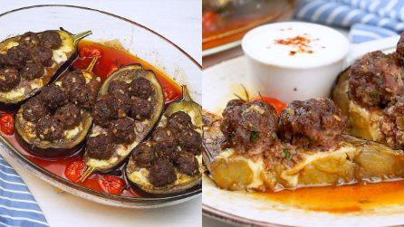Melanzane ripiene di polpette al forno: il delizioso piatto unico da portare in tavola!