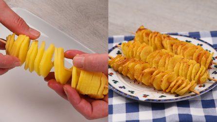 Patate a spirale fritte: gli spiedini croccanti e sfiziosi!
