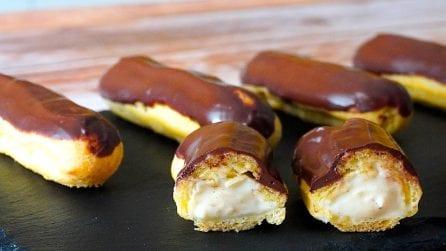 Éclair vaniglia e cioccolato: la ricetta del goloso dessert