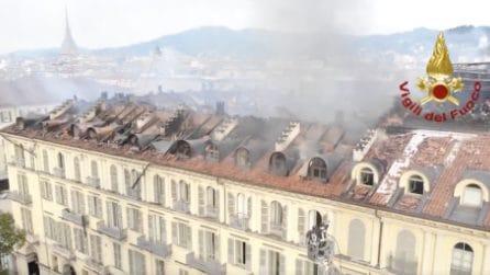 Torino, le immagini dall'alto dopo lo spegnimento dell'incendio