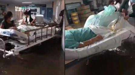 Messico, allagato l'ospedale dell'Imss a causa delle piogge torrenziali: morti 16 pazienti