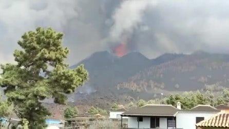 Altra esplosione a La Palma, si apre una nuova bocca del vulcano