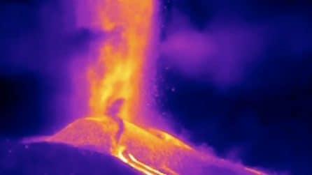Canarie, l'eruzione spettacolare del vulcano Cumbre Vieja