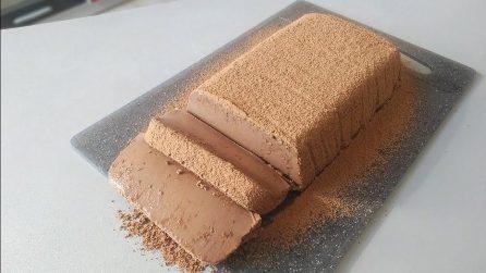 Tronchetto di mousse al cioccolato: il dessert che si scioglie in bocca