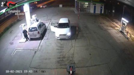 Presa la banda dei furti nelle auto in sosta: tre arresti a Bologna