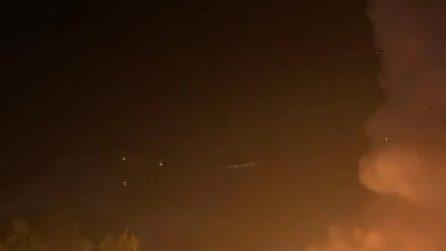 Tremendo incendio a Roma: devastato il Ponte di Ferro
