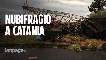 """Tornado e nubifragio Catania, traliccio crolla su una casa: """"Ci siamo spaventati a morte"""""""