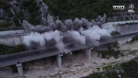 Abbattimenti sulla A24, nel tratto Roma-L'Aquila: la demolizione del viadotto Le Pastena