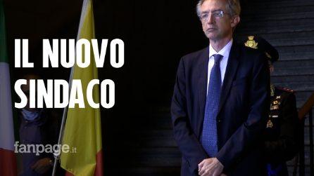 """Manfredi si insedia al Comune: """"Si apre nuova pagina, il mio pensiero agli operai Whirlpool"""""""