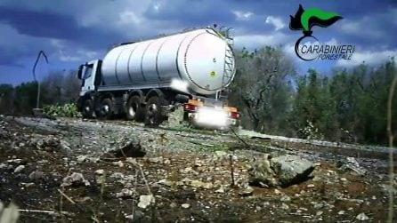 Autospurgo sorpreso dai forestali di Lecce a sversare liquame nelle campagne