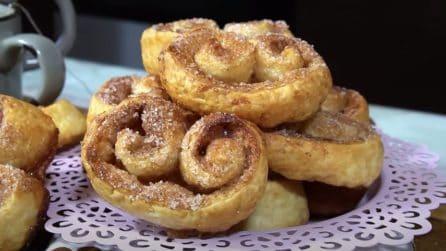Ventagli di pasta sfoglia: il dessert veloce, croccante e goloso