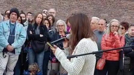 """Bologna, studentessa No Green Pass denuncia: """"Minacciata e insultata da compagni"""""""