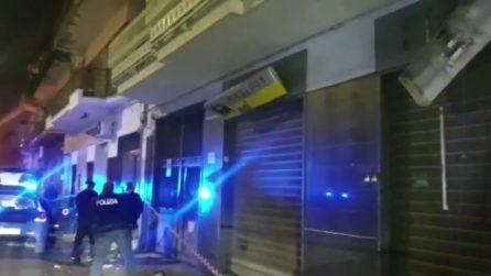 Bomba ad Afragola nella notte, devastata struttura commerciale