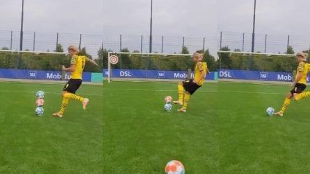 Pazzesco Haaland: la giocata in allenamento con 3 palloni