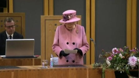 Non solo Greta: Elisabetta II striglia i leader sull'ambiente