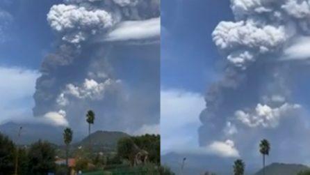 Nuova (forte) eruzione dell'Etna: le immagini sono impressionanti