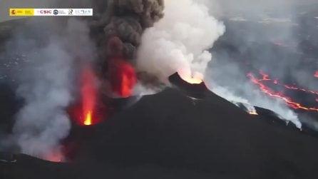 Las Palmas, l'imponente eruzione del Cumbre Vieja visto dall'alto