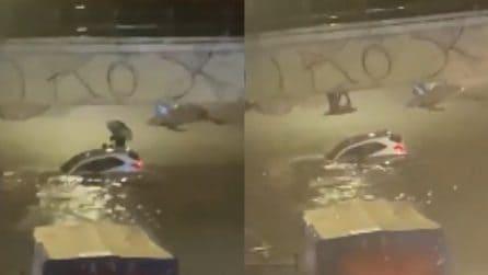 Nubifragio Canicattì, auto sommerse: persone salvate con una fune