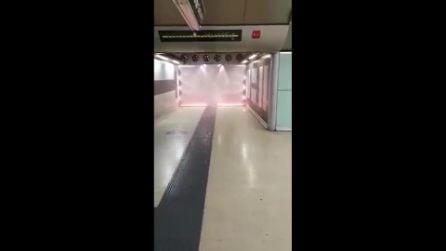 Metro Linea 1, scatta l'allarme antincendio a Salvator Rosa: bagnati anche i turisti